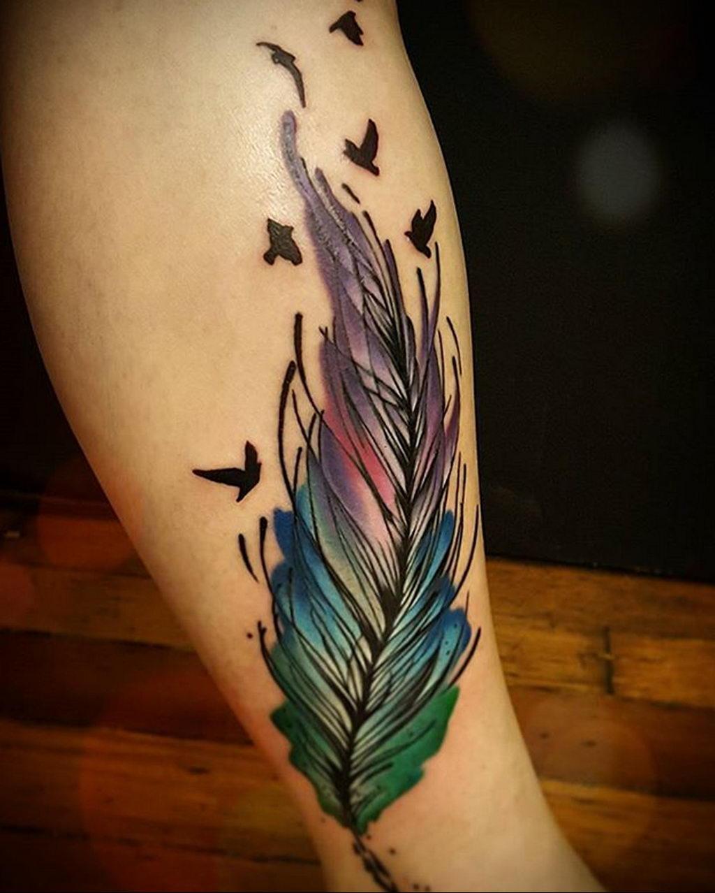 Фото тату про любовь рисунок Перо 03.02.2020 №064 -tattoo feather- tatufoto.com