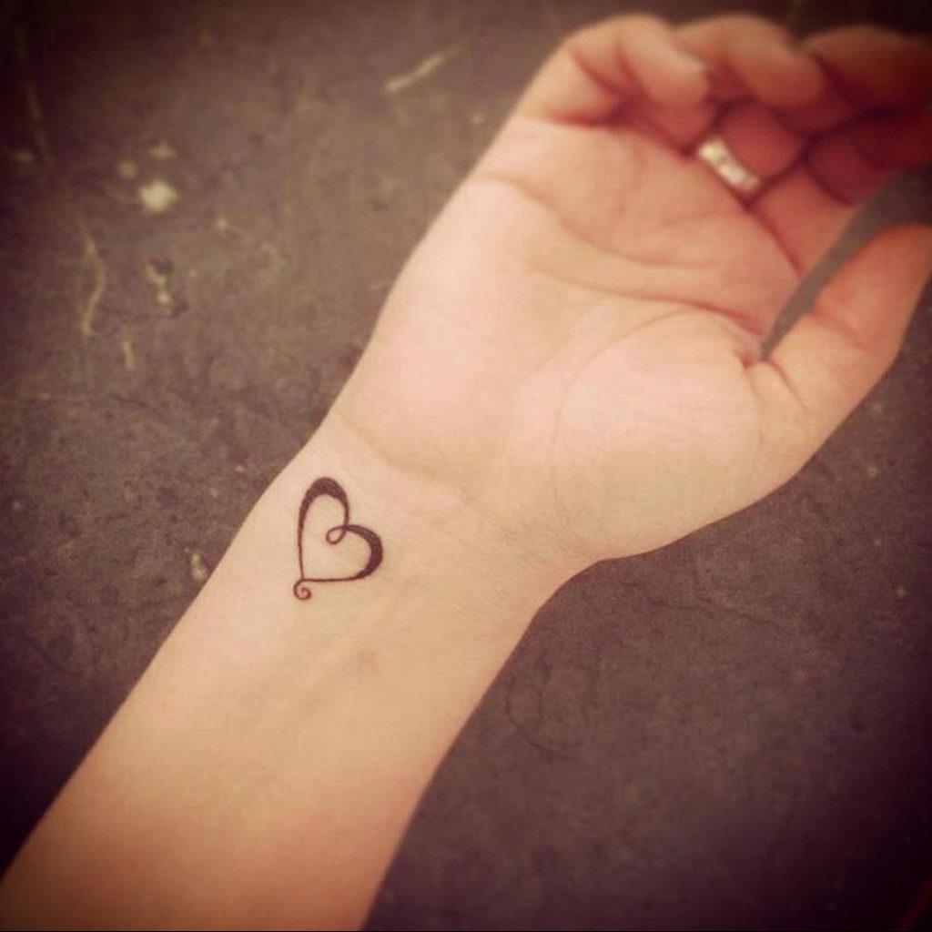 Фото тату про любовь рисунок Сердце 03.02.2020 №015 -heart tattoo- tatufoto.com