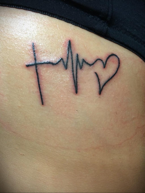 Фото тату про любовь рисунок Сердце 03.02.2020 №027 -heart tattoo- tatufoto.com