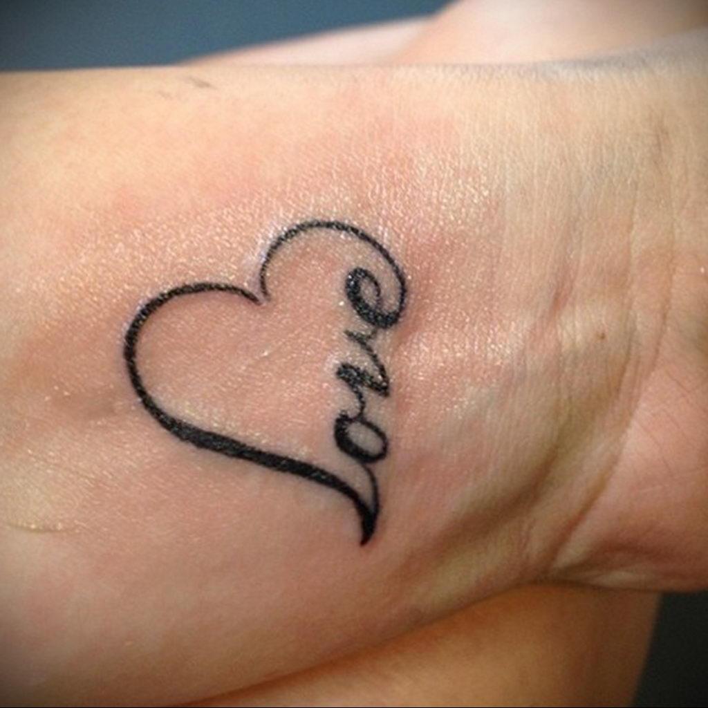 Фото тату про любовь рисунок Сердце 03.02.2020 №033 -heart tattoo- tatufoto.com
