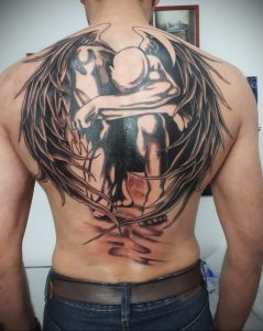 Фото тату с ангелом на спине 12.03.2020 №044 -angel tattoo on the back- tatufoto.com