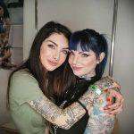 @indacosuicide - Красивая девушка с татуировками на карантине во время эпидемии COVID-19 для tatufoto.com 7