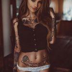 @jackie_blabla - Красивая девушка с татуировками на карантине во время эпидемии COVID-19 для tatufoto.com 2