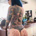 @riae_ - Красивая девушка с татуировками на карантине во время эпидемии COVID-19 для tatufoto.com 10