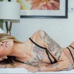 @steffysickgirl - Красивая девушка с татуировками на карантине во время эпидемии COVID-19 для tatufoto.com 8
