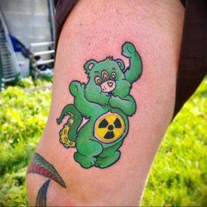 Фото Тату со знаком радиации 26.04.2020 №018 -Radiation Tattoo- tatufoto.com