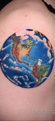 Фото татуировки з планетой Земля 22.04.2020 №097 -planet earth tattoo- tatufoto.com
