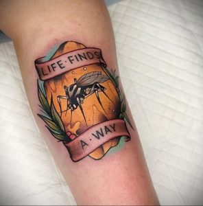 Фото тату комар 25.04.2020 №017 -mosquito tattoo- tatufoto.com