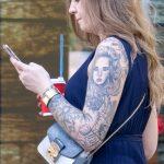 Татуировка с портретом в рукаве на левой руке девушки - - Уличная татуировка (Street tattoo) № 03 – 11.05.2020 для tatufoto.com 6