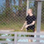 Тату девушка облизывает пистолет и микрофон на руке парня – 09.05.2020 - Уличная татуировка (Street tattoo) – tatufoto.com 3