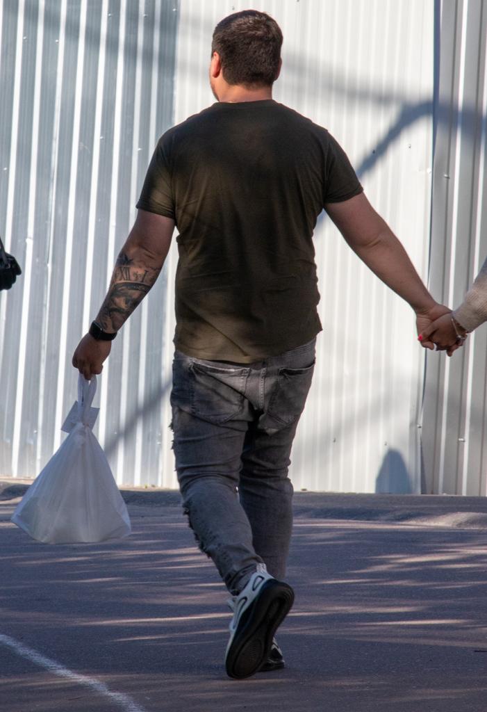 Тату на левой руке мужчины с римскими цифрами - Уличная татуировка (Street tattoo) № 03 – 11.05.2020 для tatufoto.com 2