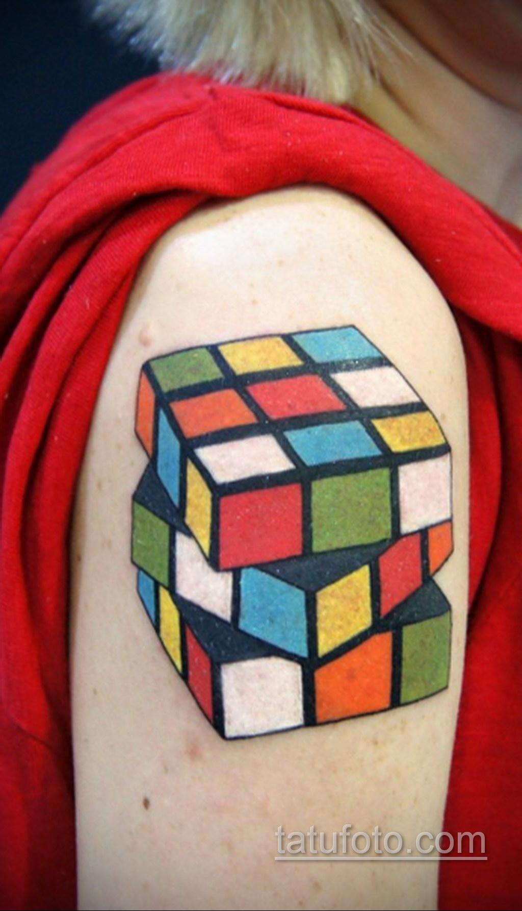 Фото Татуировки с Кубиком Рубика 16.05.2020 №004 -Rubik Cube Tattoo- tatufoto.com