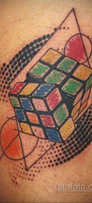 Фото Татуировки с Кубиком Рубика 16.05.2020 №052 -Rubik Cube Tattoo- tatufoto.com