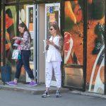 Фото девушки с тату рукавами – лев с голубыми глазами и крылья – 09.05.2020 - Уличная татуировка (Street tattoo) – tatufoto.com 1