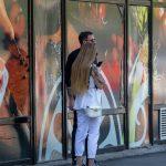 Фото девушки с тату рукавами – лев с голубыми глазами и крылья – 09.05.2020 - Уличная татуировка (Street tattoo) – tatufoto.com 7