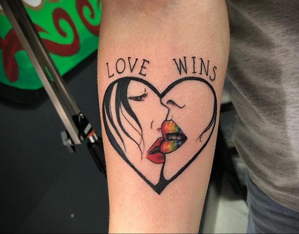 Фото татуировки для гомосексуалистов 16.05.2020 №056 -tattoos for gay- tatufoto.com