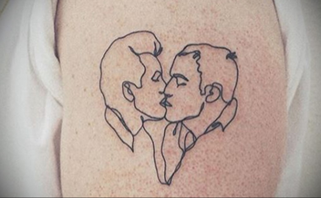 Фото татуировки для гомосексуалистов 16.05.2020 №113 -tattoos for gay- tatufoto.com