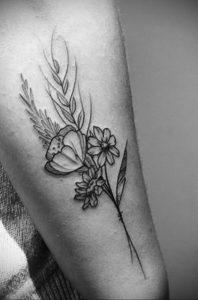 Фото татуировки на тему весны 01.05.2020 №033 -spring tattoo- tatufoto.com