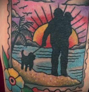 Фото татуировки с почтовой маркой 01.05.2020 №025 -postage stamp tattoo- tatufoto.com
