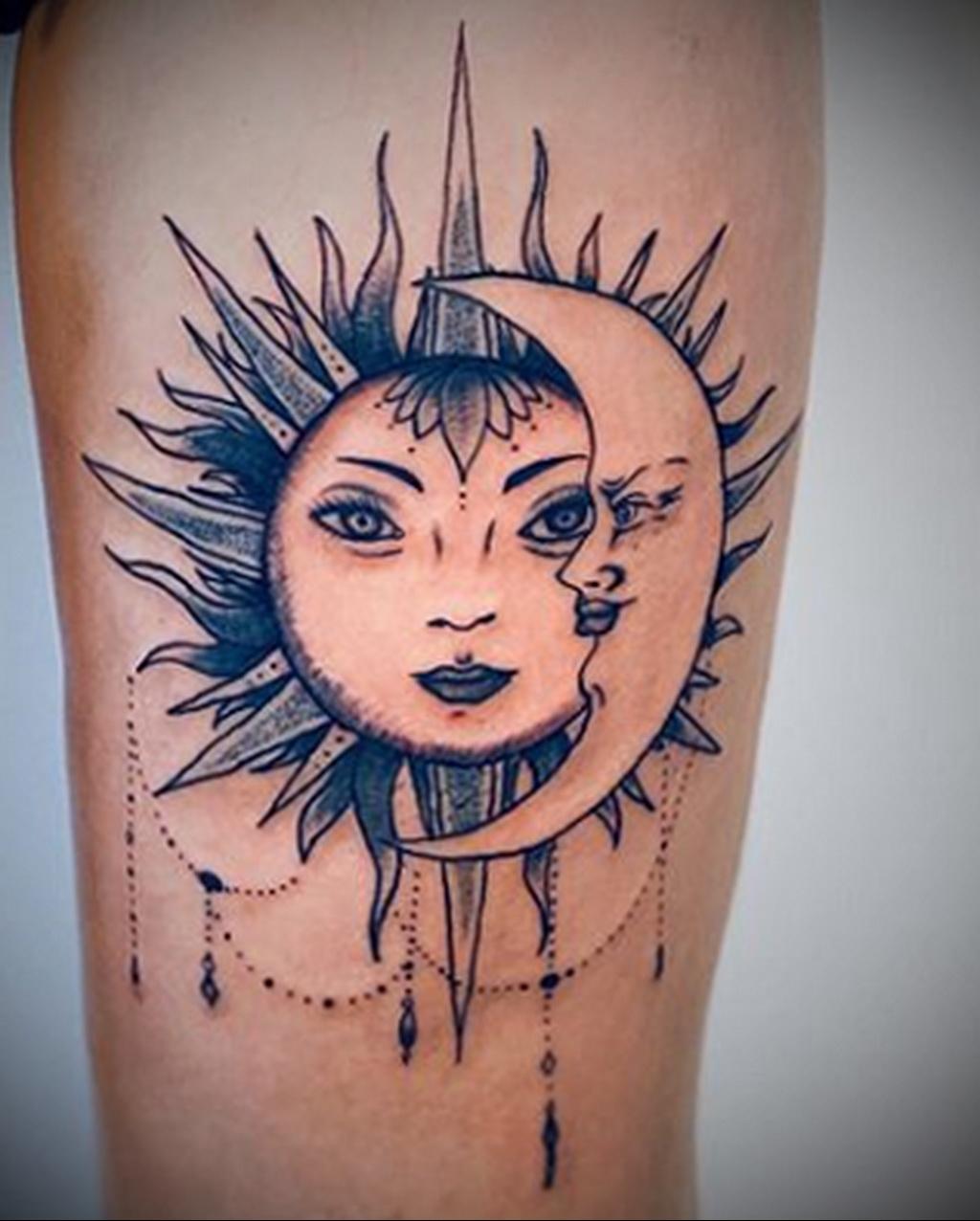 Фото татуировки с солнцем 02.05.2020 №036 -sun tattoo- tatufoto.com