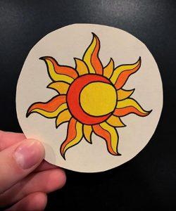 Фото татуировки с солнцем 02.05.2020 №060 -sun tattoo- tatufoto.com