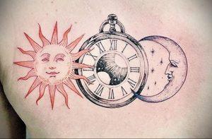 Фото татуировки с солнцем 02.05.2020 №107 -sun tattoo- tatufoto.com