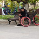 Фото тату со швейной машинкой и катушкой ниток в нижней части ноги парня – 05052020 – tatufoto.com 3