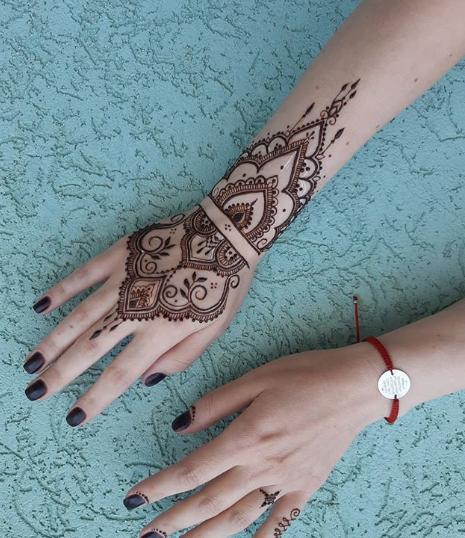 Где сделать татуировку хной - фото 5