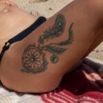 Тату ловец снов на левом бедре у девушки – Уличная татуировка (Street tattoo) № 04 – 12.06.2020 для tatufoto.com 4