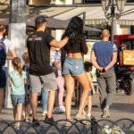 Тату скульптура и часы римскими на руке парня – Уличная татуировка (Street tattoo) № 05 – 15.06.2020 для tatufoto.com 3