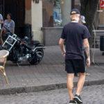 Тату с глазом и лестницей на руке парня – Уличная татуировка (Street tattoo) № 05 – 15.06.2020 для tatufoto.com 1