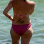 Фото неудачной тату с трайбл узором на пояснице девушки – Уличная татуировка (Street tattoo) № 04 – 12.06.2020 для tatufoto.com 2