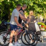 Фото тату с карпом в воде на плече мужчины – Уличная татуировка (street tattoo) № 06 – 18.06.2020 – tatufoto.com 1