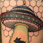 Фото татуировки с НЛО - пришельцами 02.07.2020 №158 -UFO tattoo- tatufoto.com