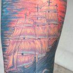 Фото татуировки с кораблем 07.07.2020 №076 -ship tattoo- tatufoto.com