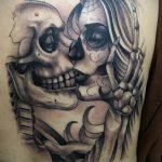 Фото татуировки с поцелуем 06.07.2020 №057 -kiss tattoo- tatufoto.com