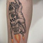 Фото татуировки с ракетой 08.07.2020 №007 -rocket tattoo- tatufoto.com