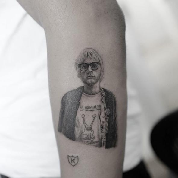 Новая татуировка Кида Кади от Доктора Ву в честь Курта Кобейна - фото