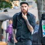 Колоритный мужчина с рыжей бородой и татуировками на руках – Уличная татуировка (street tattoo)-29.09.2020-tatufoto.com 3