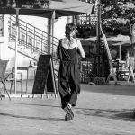 Красивая черная тату кругом на спине и шее девушки --Уличная тату-street tattoo-21.09.2020-tatufoto.com 10