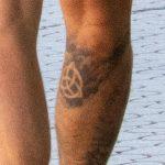 Славянские татуировки на левой руке и правой ноге мужчины - Уличная татуировка 14.09.2020 – tatufoto.com 5