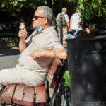 Старая тату с надписью УТРО и солнце на руке мужчины – Уличная татуировка (street tattoo)-29.09.2020-tatufoto.com 3