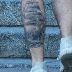 Татуировка парусник на левой икре парня - Уличная татуировка – tatufoto.com 5