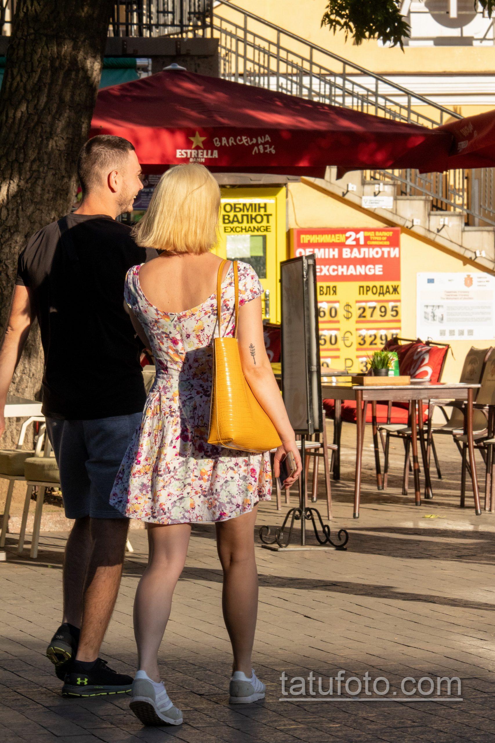 Татуировка с колоском на руке у девушки – Уличная татуировка 14.09.2020 – tatufoto.com 3