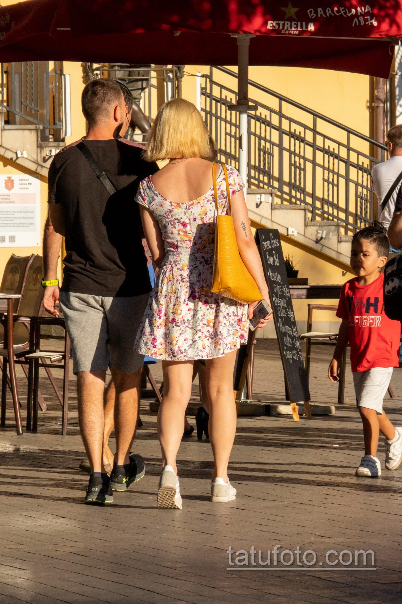 Татуировка с колоском на руке у девушки – Уличная татуировка 14.09.2020 – tatufoto.com 7