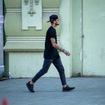 Татуировки в стиле треш полька с черепом совой и часами на руке парня – 17.09.2020 – tatufoto.com 1