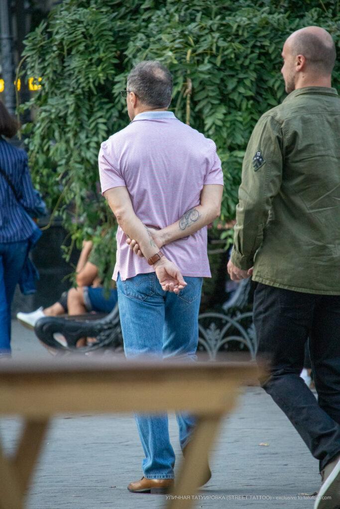 Тату велосипед на правой руке мужчины – Уличная татуировка (street tattoo)-29.09.2020-tatufoto.com 6