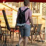 Тату воздушный шар и цветные мазки красок на левой ноге парня --Уличная тату-street tattoo-21.09.2020-tatufoto.com 3