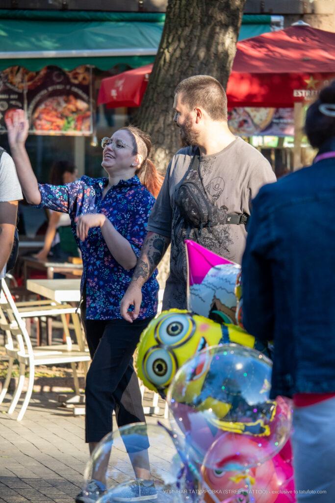 Тату граммофон и тигр на руке парня – Уличная татуировка (street tattoo)-29.09.2020-tatufoto.com 1