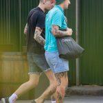 Тату ласточка за ухом и коса под глазом парня --Уличная тату-street tattoo-21.09.2020-tatufoto.com 3